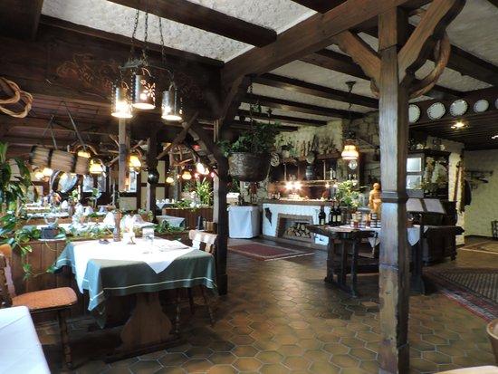 Hotel zum weyßen Rößle: Comedor para la cena