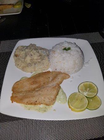 Bocas Paradise Hotel: La misma cena los tres dias que estuvimos hospedados.