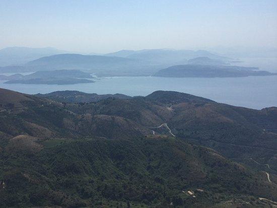 Mount Pantokrator : view to Albania