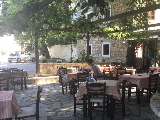 Mount Pantokrator : Lovely little cafe