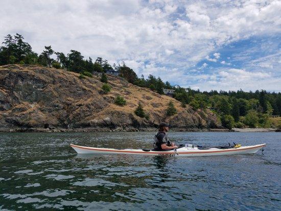 Friday Harbor, WA: Kayaking towards the lighthouse