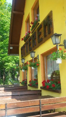 Dobogokö - Platán Pension Restaurant