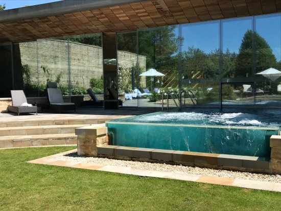 Colerne, UK: Outdoor pool