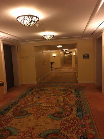 Imperial Club Room Atlantis Reviews