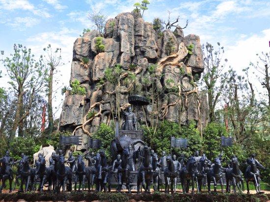 "Ningxiang County, China: 祭祀山(""牧野之战""群雕)"
