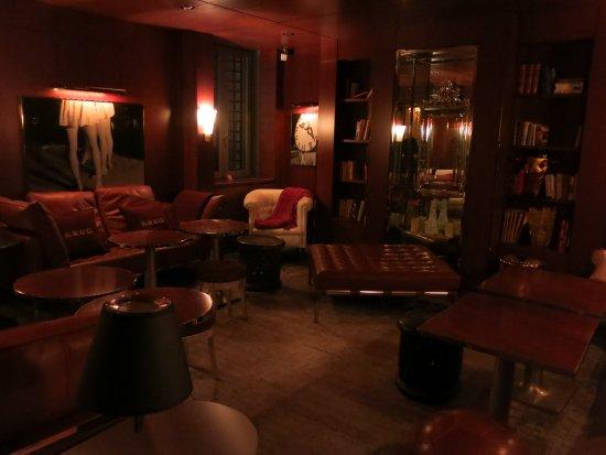 Palazzina: Krug Champagne Bar