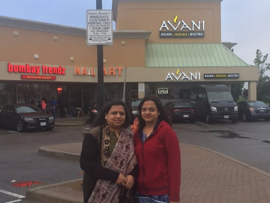 Avani Asian Indian Bistro: The Exterior...
