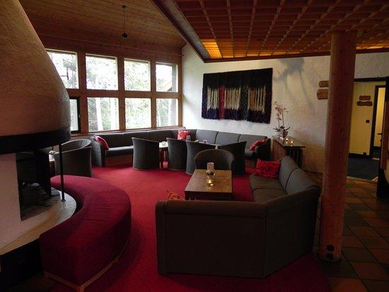 Karasjok, Noruega: Relaxing area in the lobby.