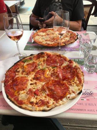 Baume-les-Dames, França: Pizza Caruso, très bonne pâte et bien cuite.