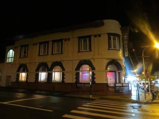 Dannevirke, นิวซีแลนด์: The Vault Cafe