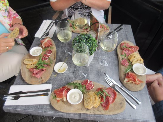 Purmerend, Niederlande: Ham salami