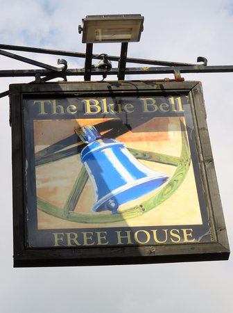 The Blue Bell - Easton on the Hill, Stamford (24/Jun/17).