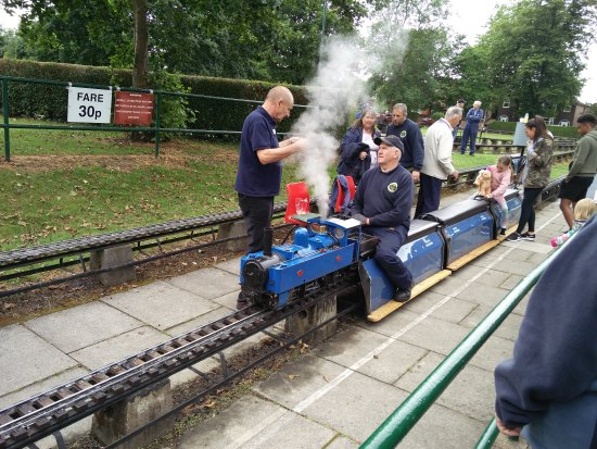 Abbotsfield Park Miniature Railway: IMG_20170625_152555_large.jpg