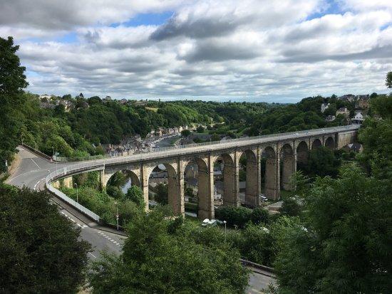 Dinan, Fransa: Que c'est beau !!