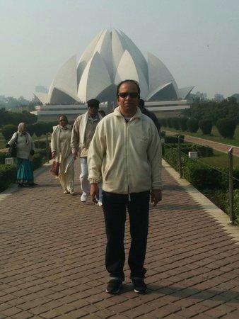Bahai Lotus Temple: Pic 2