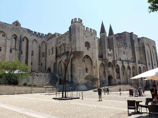 Palais des Papes : received_1595304913835038_large.jpg