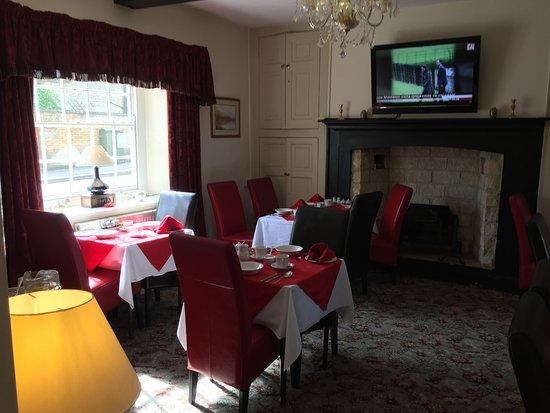 Corncroft Guest House: Breakfast Room