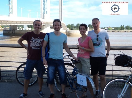 Free Bike Tours Bordeaux