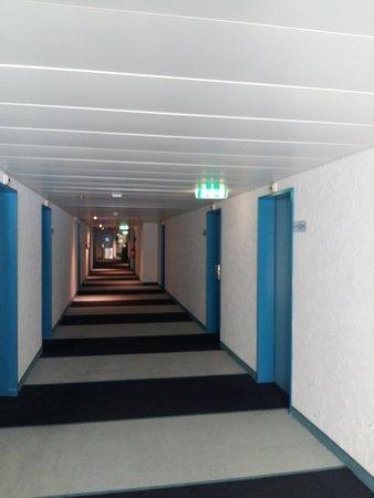 Opfikon, Suíça: Lobby