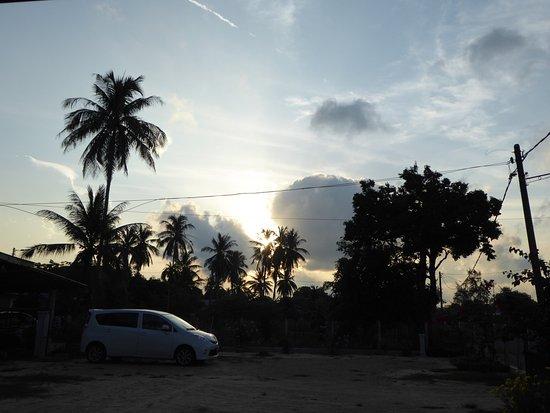 Kuala Besut, Malesia: Iz Budget 2