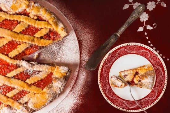 Roccatederighi, Italy: La crostata casareccia