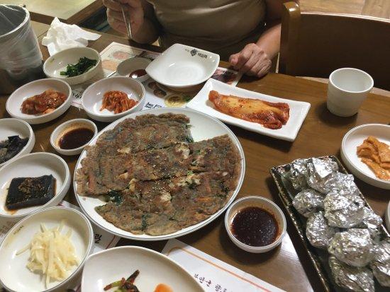 Buan-gun, Zuid-Korea: 3인상 파전 구이
