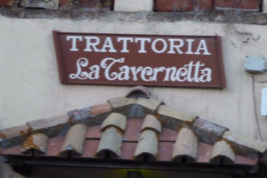 Trattoria La Tavernetta: l'insegna