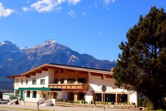 Hotel Zum Senner Zillertal - Adults only (263178692)