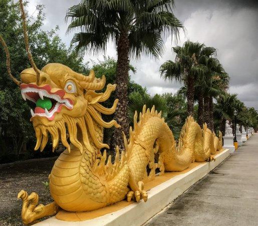 Santa Fe, TX: Linh Son Buddhist Temple