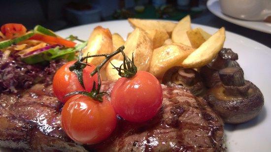 Lifton, UK: Locally sourced fresh produce