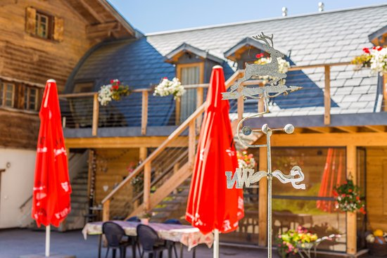 Evolene, Sveits: Terrasse ensoleillée