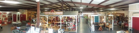 Swainsboro, GA: 12,000 Sq. Ft With Over 60 Dealer Booths