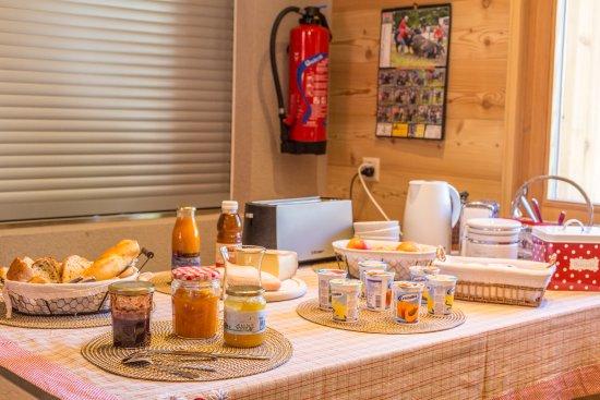 Evolene, Sveits: Petit-déjeuné du terroir