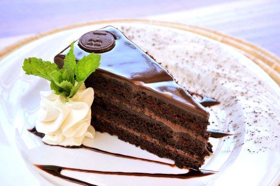 Morgan's Bay, แอฟริกาใต้: Treat yourself to our scrumptous cakes