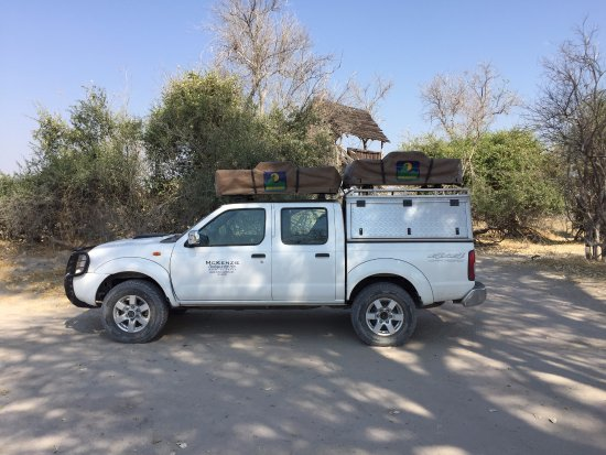 McKenzie 4x4 Hire Nissan Double Cab with Two Roof Top Tents & Nissan Double Cab with Two Roof Top Tents - Picture of McKenzie ...