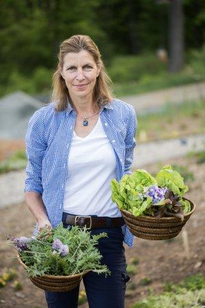 North Garden, VA: Certified Horticulturist Diane Burns manages our grounds and Kitchen Garden