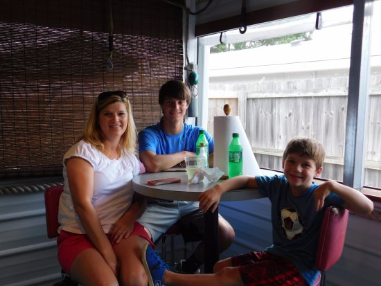Aiken, Carolina del Sur: Ready to eat in THE BAIT SHACK!