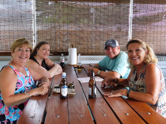 Aiken, Carolina del Sur: You'll feel like you're at the coast when you eat at THE BAIT SHACK!