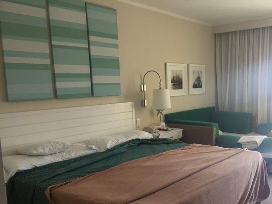Divan Lit Design : Chambre lit king divan lit picture of hotel melia