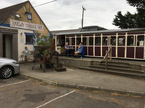 South Petherton, UK: It really is a railway carriage!