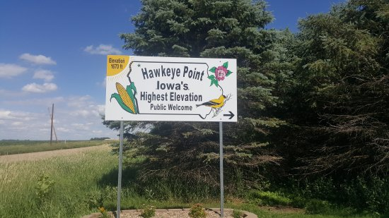 Sibley, IA: Hawkeye point