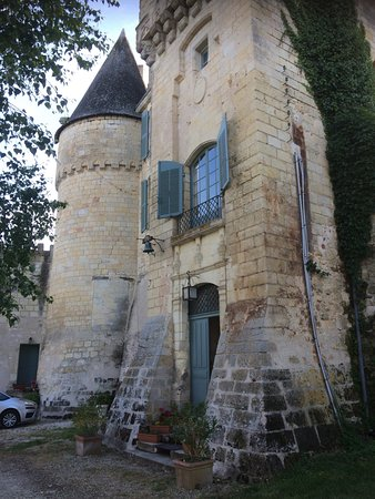 La Celle-Guenand, France: Front