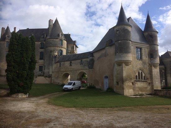 La Celle-Guenand, France: back