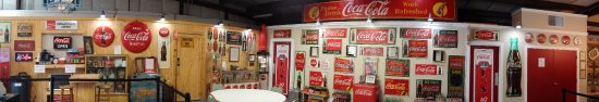 Swainsboro, GA: See Many Rare and One of a Kind Coca-Cola Items..