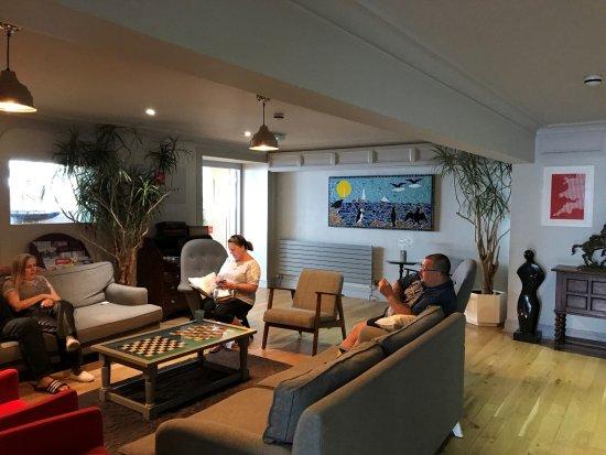 Land's End, UK: Lounge area near Bar