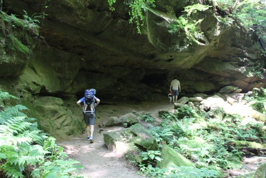 Rockbridge, OH: Rock formations along the unpaved portion of the trial
