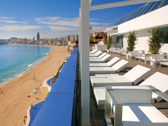 hoteles alicante cerca del mar