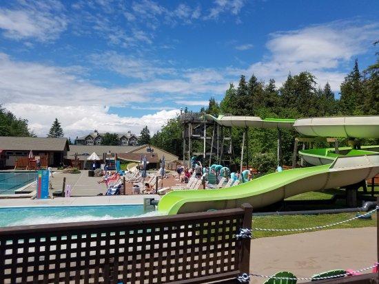 Jeffersonville, VT: Mountainside pool park