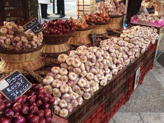 Thiviers Saturday Market