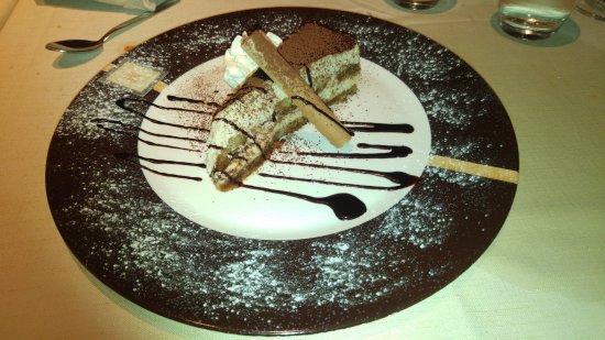 O Mar Restaurant : Tiramisú